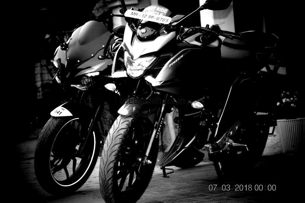 "Yamaha Fazer 25  and Bajaj Pulsar RS 200 comparison – ""Her point of view"""